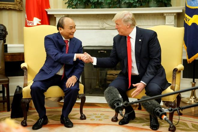 TT Trump se thao luan gi khi cong du chau A va tham Viet Nam? hinh anh 2