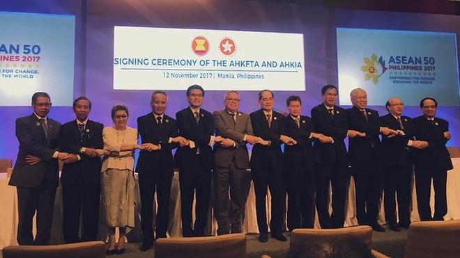 ASEAN ky hiep dinh thuong mai tu do Hong Kong hinh anh 1