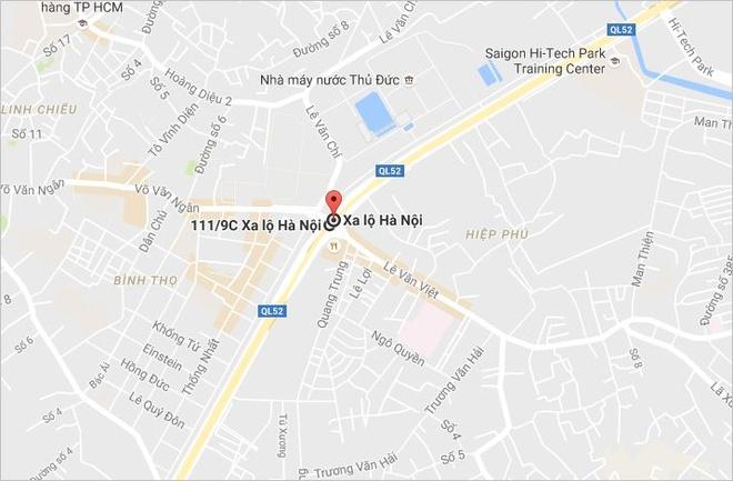 Thung container vang tren xa lo Ha Noi hinh anh 3