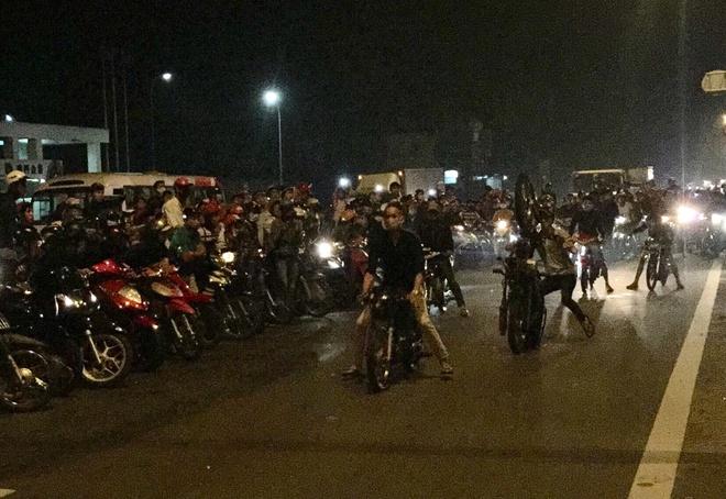 Bong hong lieu mang cung quai xe tung hoanh quoc lo 51 hinh anh 2
