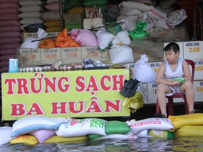 Cho ngap do vo phay ngan trieu, tieu thuong Sai Gon khon don hinh anh