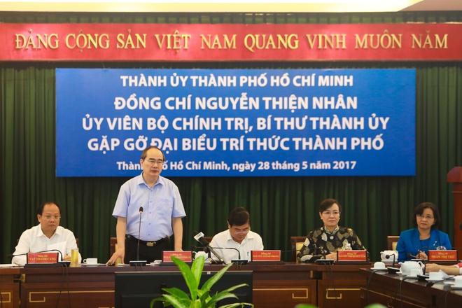 Bi thu Nguyen Thien Nhan: TP.HCM dang o dau? hinh anh 2