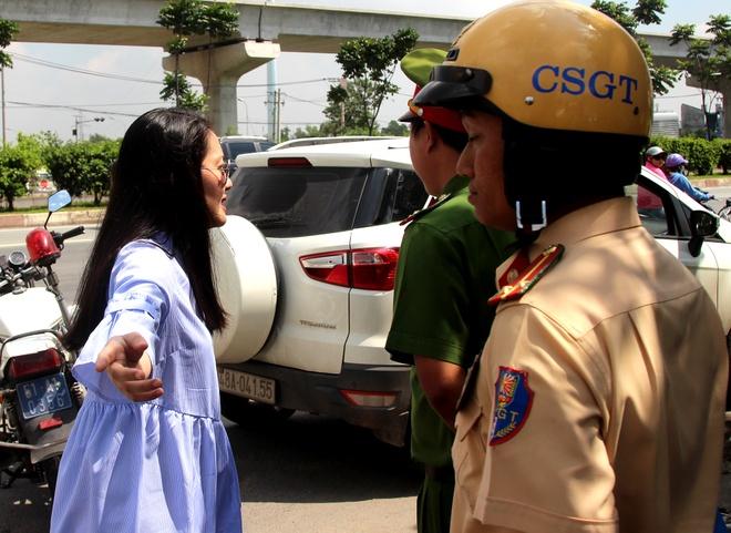 CSGT bi dien vien Ngoc Lan lon tieng: Toi chua gap ai nhu co ta hinh anh 1