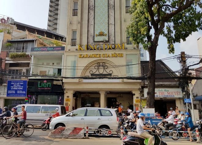 Ong Doan Ngoc Hai phat karaoke Kingdom hon 100 trieu vi vi pham PCCC hinh anh