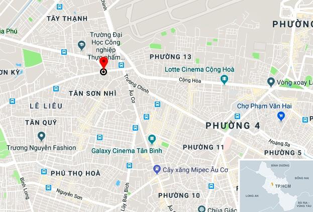 CSGT Sai Gon dung moto dac chung cho be 14 thang tuoi di cap cuu hinh anh 2