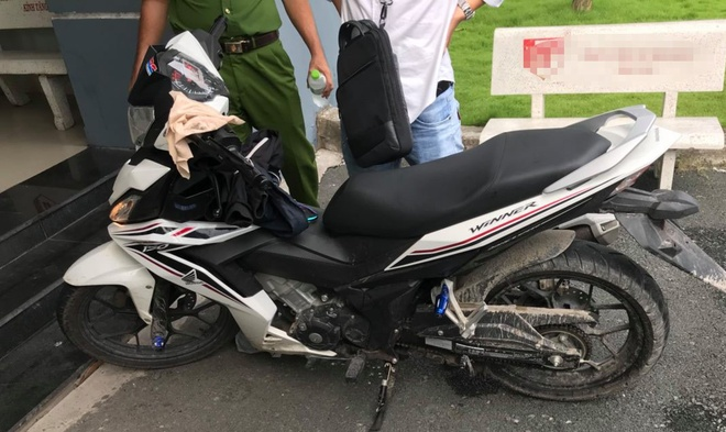 Nghi pham 15 tuoi giet nam sinh chay GrabBike vi me xe tay con hinh anh