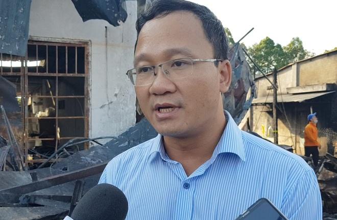 Ong Khuat Viet Hung: 'Xe bon chay toc do rat cao' hinh anh