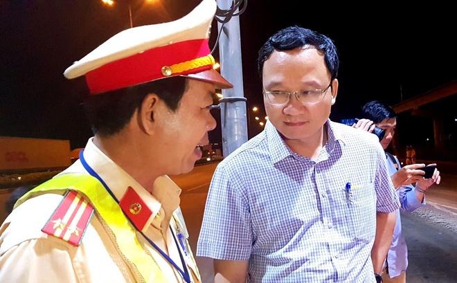 Ong Khuat Viet Hung thi sat cung CSGT TP.HCM phat 'ma men' hinh anh 2