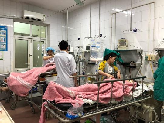 Hơn 3.400 trường hợp nhập viện do đánh nhau trong 5 ngày Tết - Ảnh 1