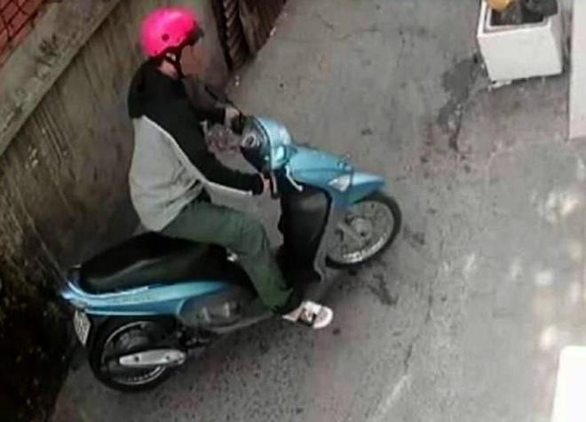 Vu nu sinh bi sat hai: Tim thay xe may cua nghi can tai kenh Nhieu Loc hinh anh 1