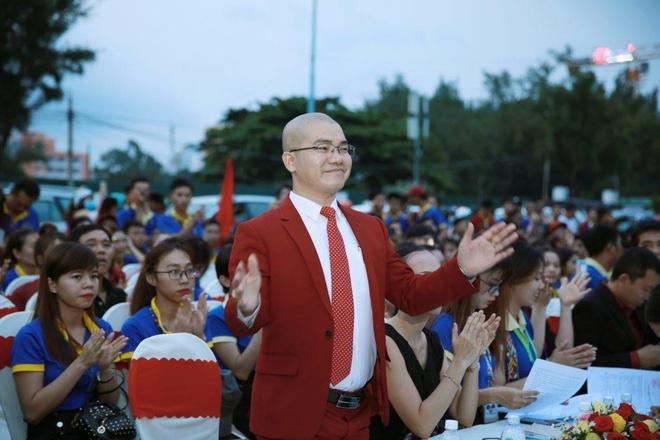 Hon 3.300 nguoi to cao Tap doan Alibaba lua dao hinh anh 1 Nguyen_Thai_Luyen_1.jpg