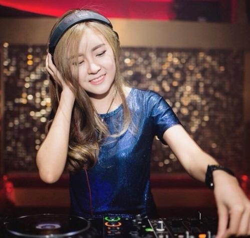 Nhung nu DJ nuoc ngoai tung den Viet Nam bieu dien hinh anh 5