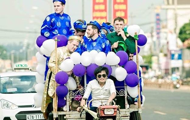 30/7: Anh chu re di xe cong nong, chu cho bat hanh gay chu y hinh anh