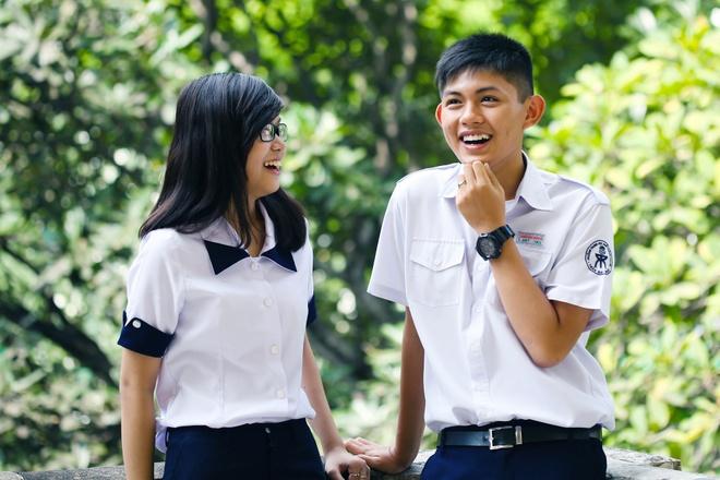 Dong phuc co thuong hieu 15 nam cua teen Tran Dai Nghia hinh anh