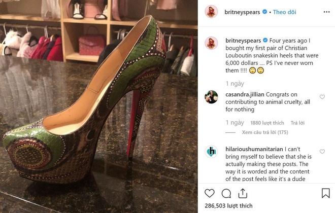Britney Spears bị chỉ trích vì khoe mẽ và phung phí