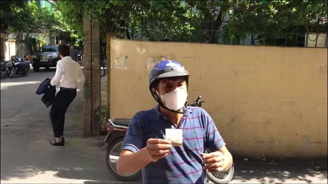 NSND Trong Trinh noi ve vai dien xe om 3 giay trong 'Ve nha di con' hinh anh 1