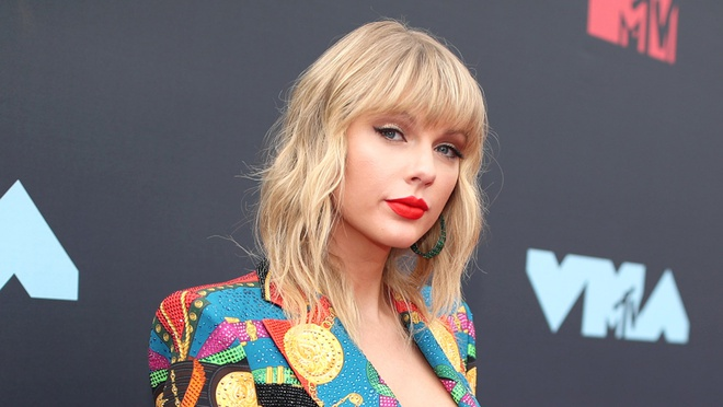 Taylor Swift làm siêu cố vấn của The Voice Mỹ mùa mới