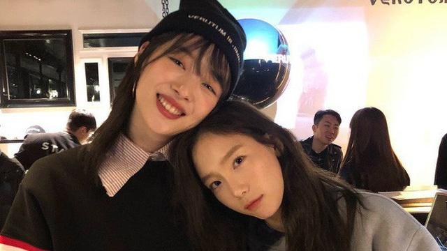 "Teayeon (SNSD) dang anh kem hai tu ""xin loi"" anh 2"