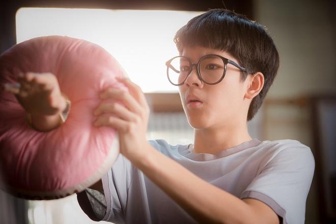 'Bi mat day thi': Ban chuyen tinh duc tho tuc? hinh anh