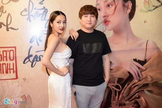 Bao Anh: 'Quay xong MV phai chay show het nam de tra no' hinh anh 2