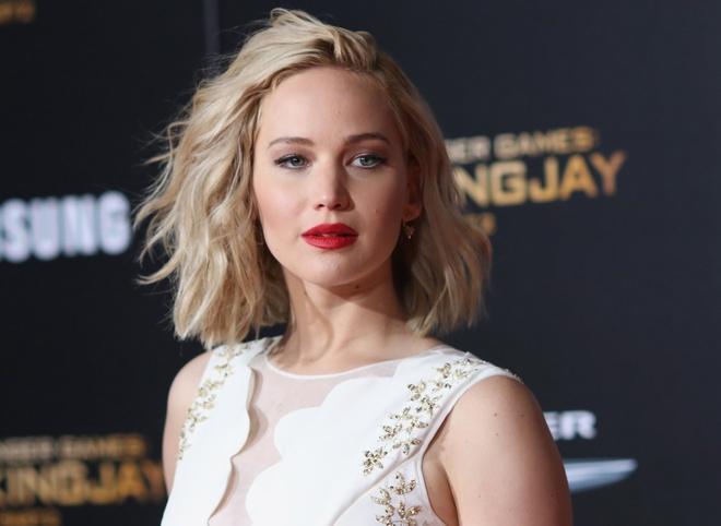 Jennifer Lawrence nghi dong phim, ve trang trai vat sua de hinh anh