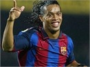 Big Phil muon Ronaldinho hinh anh