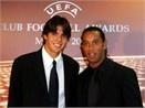 Kaka muon da capvoi Ronaldinho hinh anh
