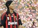 Ronaldinho se mac ao so may? hinh anh