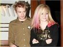 YouTube no tien Avril Lavigne hinh anh