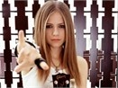 Avril Lavigne duoc dien o Malaysia hinh anh