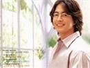 Bae Yong-joon nhan cat-se cao nhat 2008 hinh anh