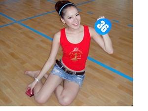 Chung Thuc Quyen miet mai luyen mua ballet hinh anh
