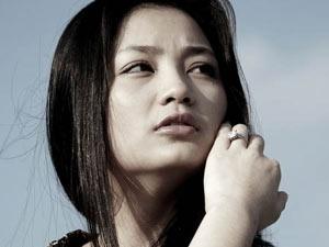 Dieu Huong khong bat ngo khi truot vai Tran Thi Dung hinh anh