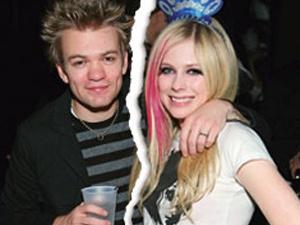 Avril Lavigne duoi chong khoi nha hinh anh