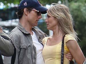 Tom Cruise om 'cung' Cameron Diaz hinh anh