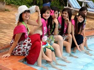 Miss Teen 2009 khoe chan dai trong nang Vung Tau hinh anh
