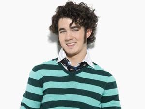 Cau ca Jonas Brothers ban ron chuan bi tiec cuoi hinh anh