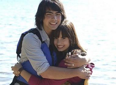 Joe Jonas ho hen Demi Lovato? hinh anh