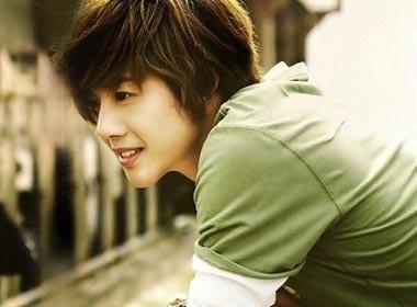 Kim Hyun Joong va nhung tam tinh cum A hinh anh