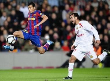 Pedro Ledesma: Canh chim la o Nou Camp hinh anh