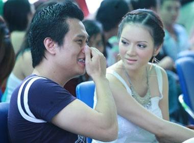 Ly Nha Ky than mat ben Viet Anh hinh anh