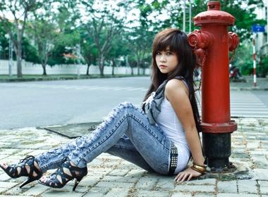 Miss teen than thien Tuyet Nhi khoe dang 'bui' hinh anh