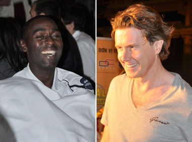 Andy Cole va Steve McManaman than thien tai Gala Dinner hinh anh