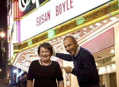 Album dau tay cua Susan Boyle lap ky luc an tuong hinh anh