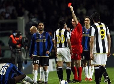 Derby Italia va noi am anh trong tai hinh anh