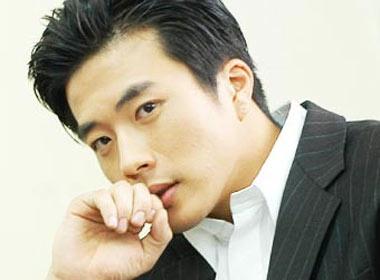 Kwon Sang Woo phan tran chuyen 'an com truoc keng' hinh anh