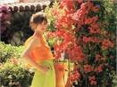 Jennifer Garner giua ngan hoa hinh anh