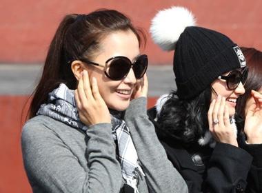 Kim Hee Sun tuoi sang noi phim truong hinh anh