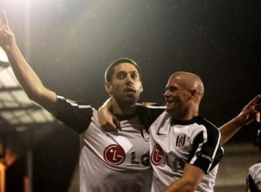 Lat nguoc the co, Fulham vao tu ket Europa League hinh anh