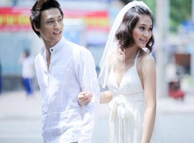 Trieu Trang lang man ben Hoang Gia Ngoc hinh anh